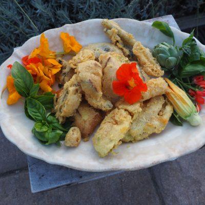 Shitake-Tempura mit geernteten Shitake-Pilzen aus dem Ippenburger Trüffelgarten